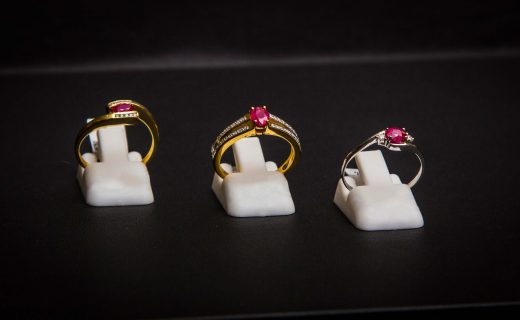 bijouterie-verneau-la-garde-bagues-or-ruby-qualite-bijoux-bijoutier-artisan-la-garde-toulon-var