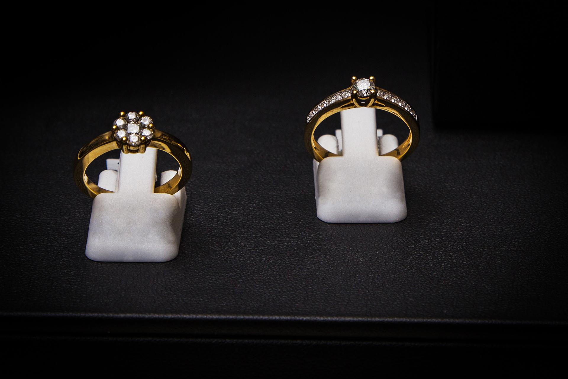 bijouterie-verneau-bagues-or-pierres-precieuses-beaute-toulon-la-garde-var